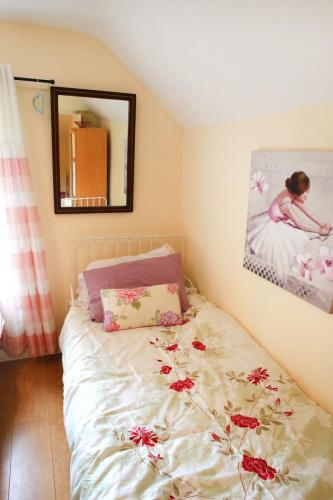 Cully Cottage is beautifully decorated and maintained offering high quality accommodation