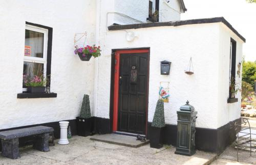 Cully Cottage the ideal family for all the holiday and it's pet friendly too